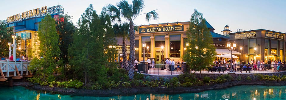 Restaurants along the water at Disney Springs